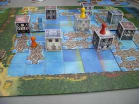 湖に沈んだ街の画像