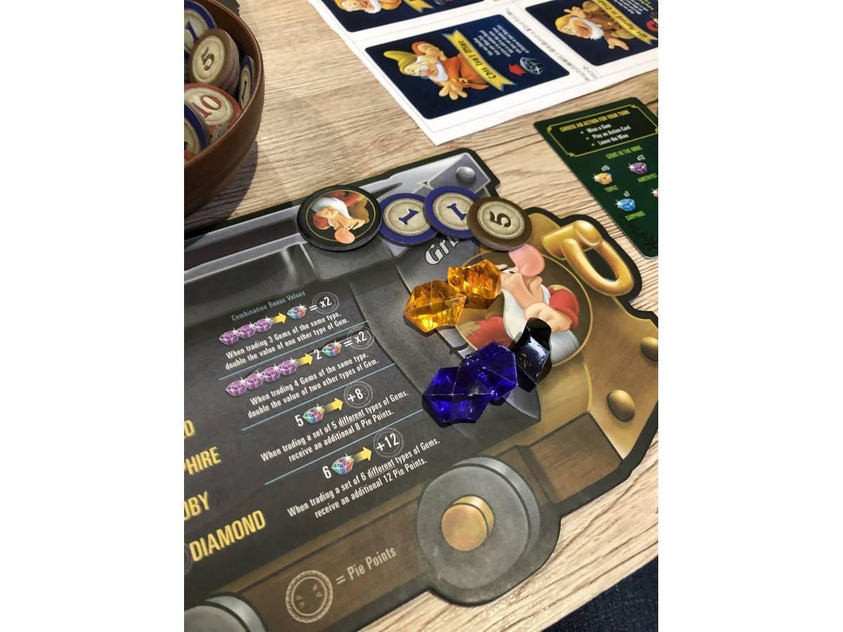 白雪姫と七人の小人:ジェムストーン・マイニング・ゲーム(Snow White and the Seven Dwarfs: A Gemstone Mining Game)の画像 #49098 まつながさん